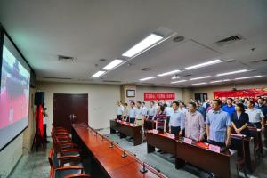 同祝祖国母亲生日!市发改委组织收看新中国成立70周年庆祝大会